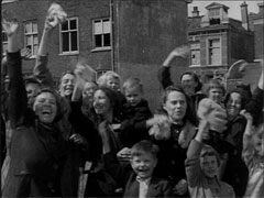 Exuberant joy among the people on the day of liberation. Source: website nostalgienet.nl